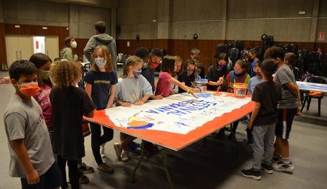Alumnes de Torrefarrera, aprenents d'artista al Festival Treubanya
