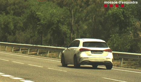 Denunciat un conductor per circular a 183 km/h en una via limitada a 90