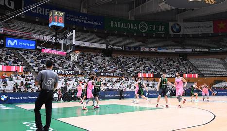 El públic també va tornar ahir a l'Olímpic de Badalona amb l'assistència d'un miler d'espectadors.