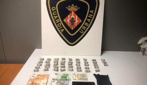 Detingut a Lleida amb més de quaranta embolcalls de marihuana preparats per ser venuts
