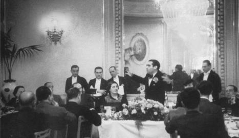 Salvador Giné, amb el llibre sobre l'empremta de Lorca a Catalunya.