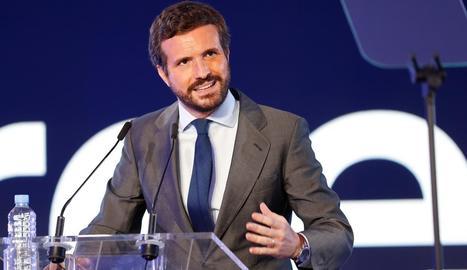 Casado diu que només Sánchez és responsable dels indults i defensa el rei