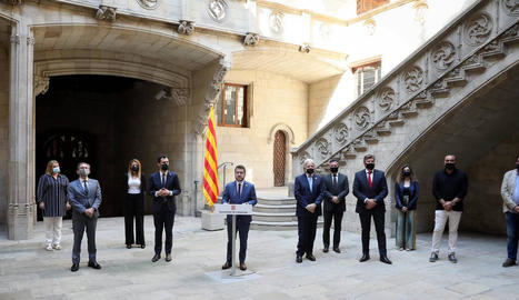 Presentació del pla d'ajuts a empreses i treballadors en ERTO, ahir a Barcelona.