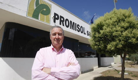 Roig a les portes de Promisol, la seua gran passió empresarial.