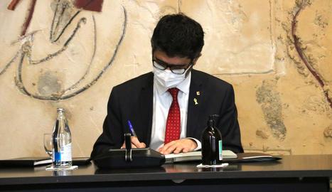 El vicepresident del Govern, Jordi Puigneró, durant el Consell Executiu del Govern.