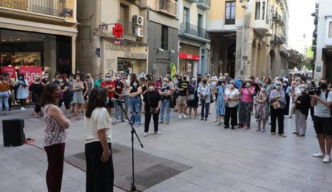 Concentració dilluns passat a la plaça Paeria contra la violència masclista.