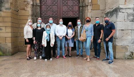 El PP va organitzar una visita a la parròquia de Sant Llorenç.