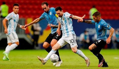 Messi, en el partit contra Uruguai.