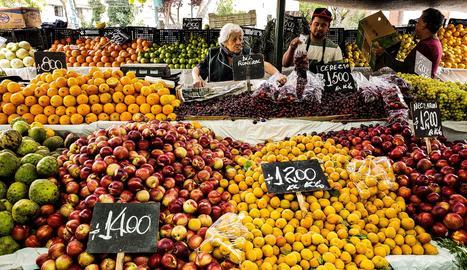 Troben plaguicides al 34% dels aliments consumits a Espanya