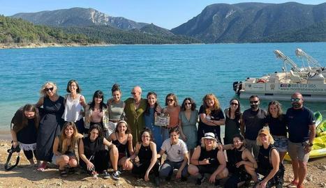 Foto de família de l'equip d''El techo amarillo', a Mont-rebei.