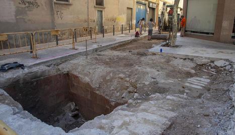 La troballa s'ubica en unes obres entre els carrers Agoders i Torras i Bages de Tàrrega.