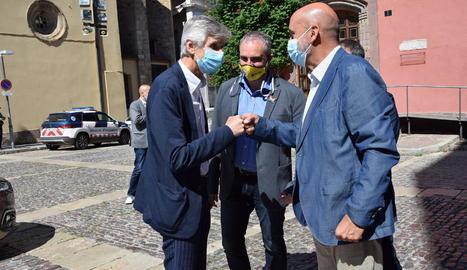 El conseller de Salut, l'alcalde de la Seu d'Urgell i el ministre de Salut d'Andorra.
