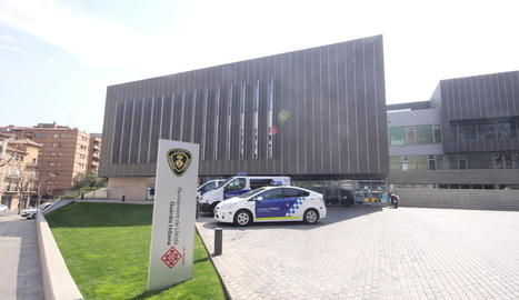 Els sospitosos van ser conduïts a la comissaria de la Urbana.