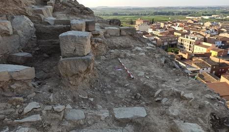Imatge de restes arqueològiques trobades al Castell d'Aitona.