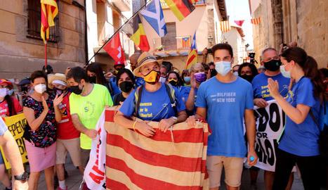 Pla obert de l'exconseller de Presidència Jordi Turull, a l'arribar a la plaça Major d'Arnes.