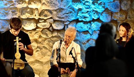 Arnau Obiols, Artur Blasco i Marien de Casimiro, ahir al concert que van oferir a Sant Joan d'Isil.