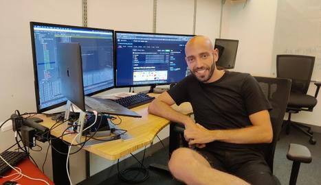 Manel Baradad, de 27 anys, cursa un doctorat sobre Enginyeria Informàtica al Massachusetts Institute of Technology.