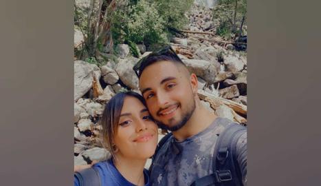 Nora Lara i la seua parella, Jordi, van aprofitar l'estada a Escaló per visitar el Parc d'Aigüestortes i Estany de Sant Maurici.