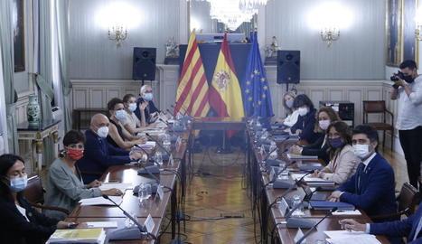 Representants del Govern espanyol i de la Generalitat a la comissió bilateral celebrada ahir a Madrid.