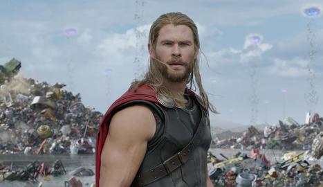 Chris Hemsworth a 'Thor'.