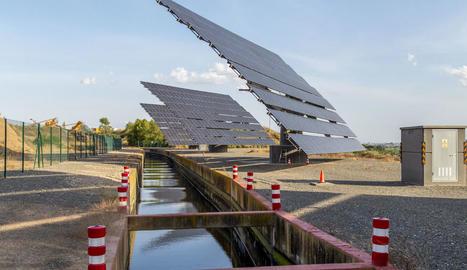 Les instal·lacions d'energia solar per abaratir els costos de bombatge de l'Algerri-Balaguer.