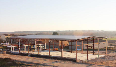 L'estructura de l'edifici del poliesportiu d'Albesa.