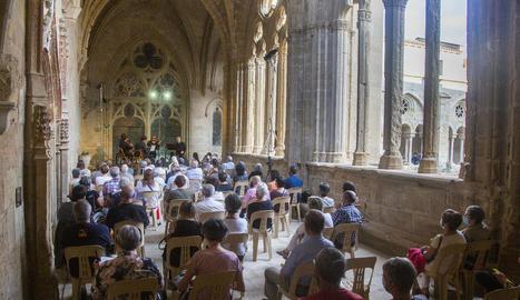 El Quartet Teixidor va tocar al claustre del cenobi cistercenc femení.