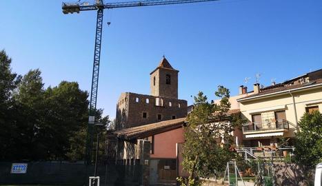 Imatge de les obres al Palau Abacial del Pont de Suert, que ja no té teulada.