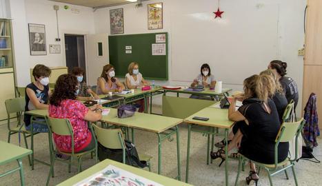 Una protesta de la junta de personal docent a l'inici del curs passat.