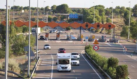 El peatge de l'AP-2 a Lleida, ahir a la tarda.
