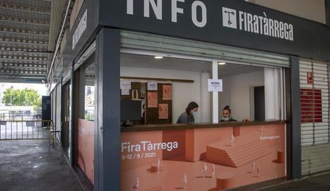 El punt d'informació i de venda d'entrades s'ubica a la plaça de les Nacions de Tàrrega.
