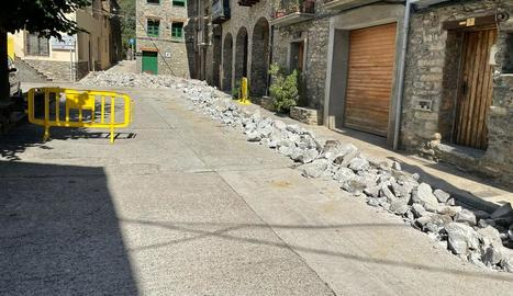 Les obres de remodelació integral de la plaça de les Escoles van començar aquesta setmana.