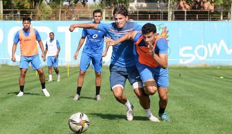 El Lleida es va exercitar ahir a l'Annex per preparar el partit.
