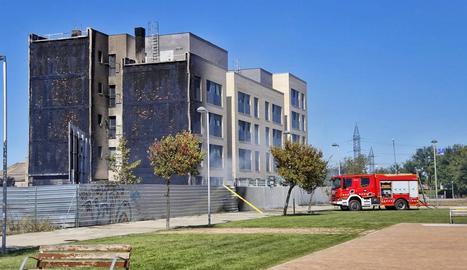 Estabilitzat un incendi en un edifici de cinc pisos a Lleida