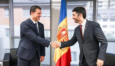 El vicepresident del Govern, Jordi Puigneró, i el ministre de la Presidència d'Andorra, Jordi Gallardo,