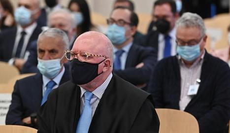 L'excomissari José Manuel Villarejo, assegut al banc dels acusats a l'Audiència Nacional.