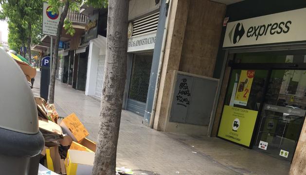 Escombraries a l'Avinguda