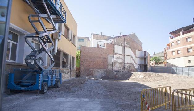 El solar donde irá el nuevo edificio anexo de la Escola Pia.