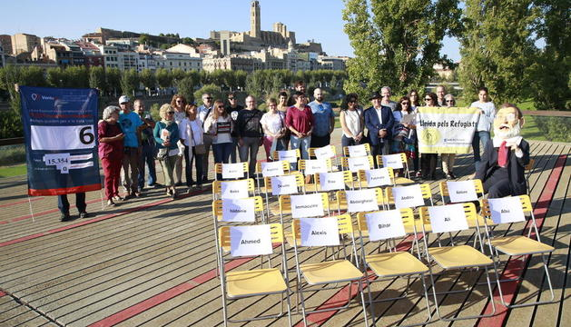 El capgròs Rajoy va arribar ahir a la passarel·la del Liceu Escolar en el seu viatge per Espanya.