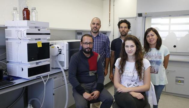 L'equip de l'empresa Biomeb, ubicada al parc científic i tecnològic de Gardeny.