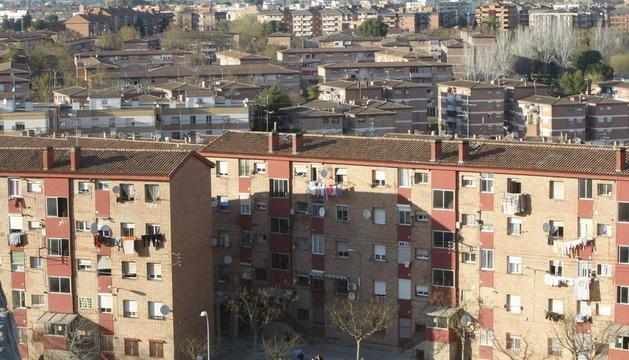 Vista panoràmica dels blocs de la Mariola afectats per aquest pla urbanístic.