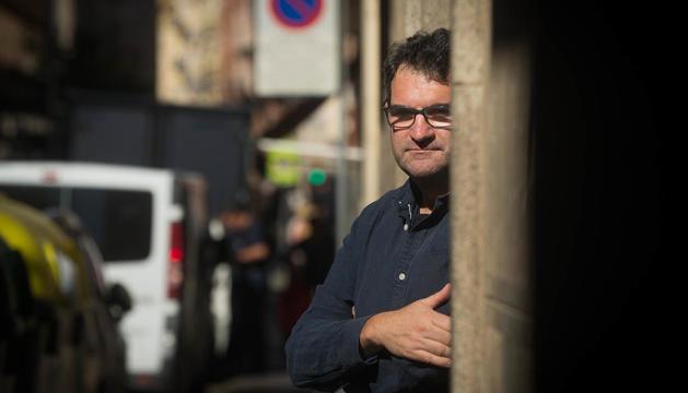"""Jordi Puntí: """"La primera versió és un bunyol que has d'anar retocant fins a trobar el teu estil"""""""