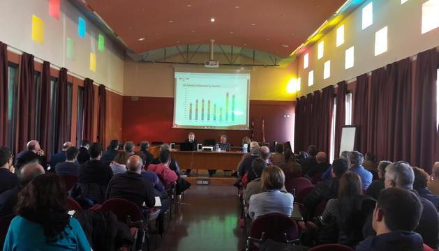 Unas ochenta personas participaron en la jornada técnica sobre el cultivo del pistacho.