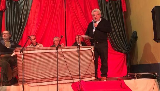 Un momento de la presentación del cuaderno en Salàs de Pallars.