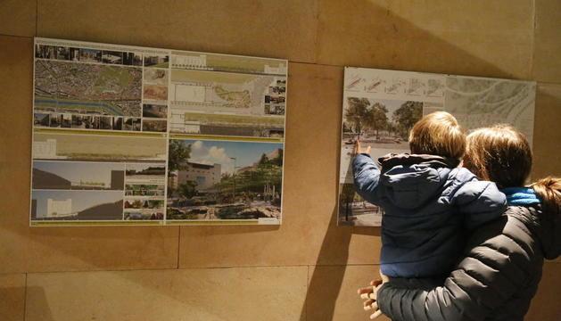 Els projectes finalistes de la plaça Josep Prenafeta estan exposats a l'Auditori.