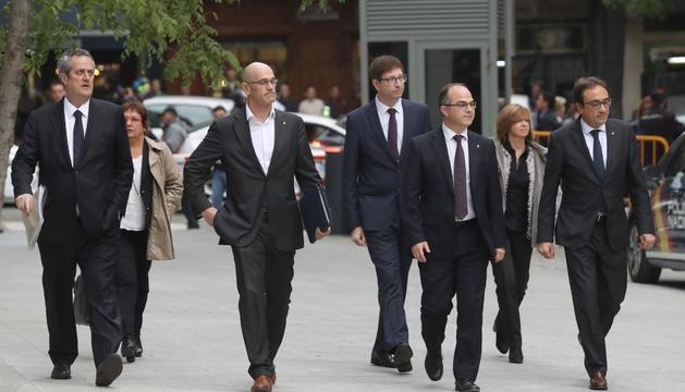 Joaquim Forn, Dolors Bassa, Raül Romeva, Carles Mundó, Jordi Turull, Meritxell Borràs i Josep Rull.