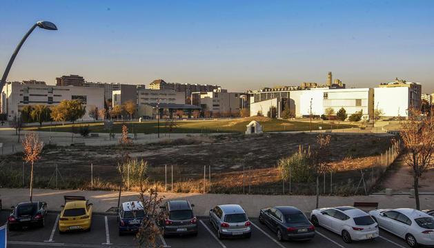 El segon edifici polivalent es construirà en aquest terreny del campus de Cappont.