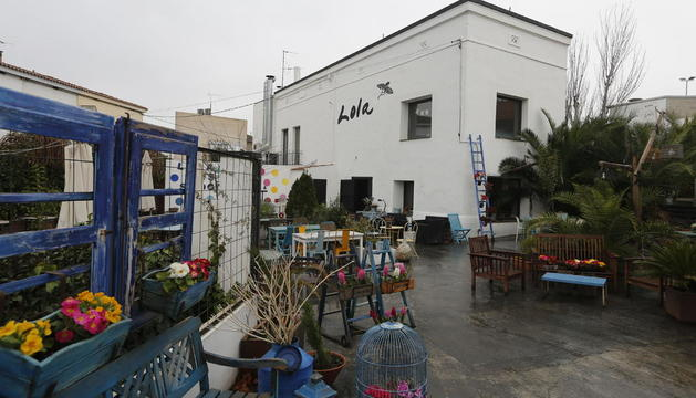 Imatge de l'edifici del Lola Más Sabores que ha comprat el Col·legi de Metges de Lleida.