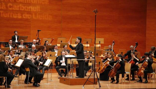 L'Orquestra Julià Carbonell, amb Alfons Rerveté a la batuta, el gener passat a l'Auditori de Lleida.