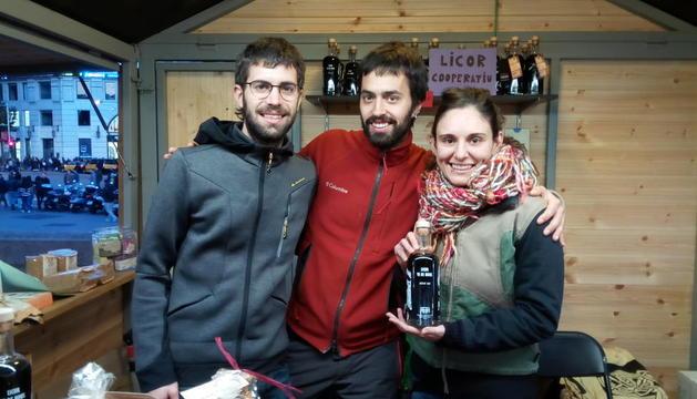 """Tres Cadires: """"La recepta de vi de nous de la padrina és ara el centre d'una cooperativa social"""""""